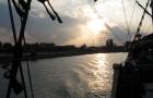 Piękne słońce w trakcie podróży galeonem