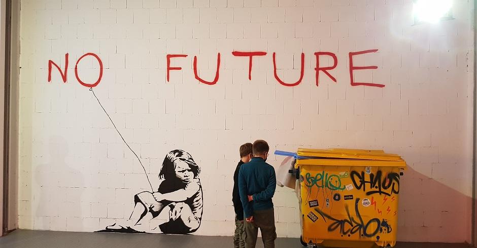 Wystawa-Banksyego-w-Warszawie-12