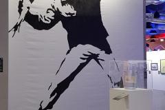 Wystawa-Banksyego-w-Warszawie-8